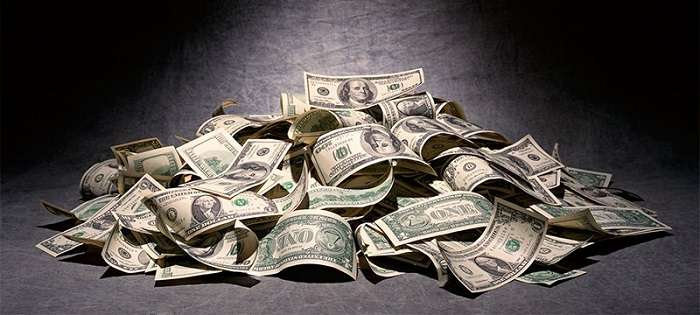 Займ на 4000 гривен или большую сумму оформляется